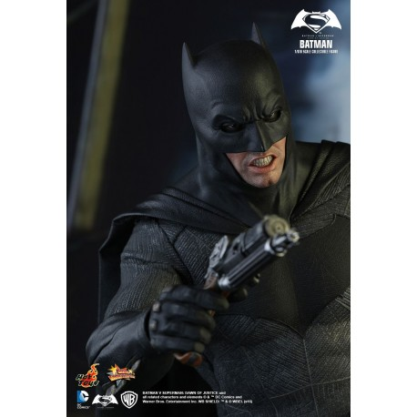 BATMAN - Batman vs Superman Dawn of Justice- Hot Toys
